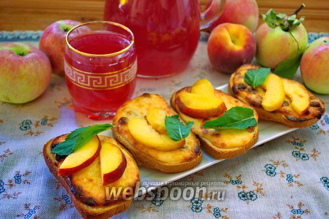 Фото Ленивые ватрушки с изюмом и персиком