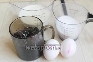 Вот такие продукты берём. Варенье, молоко (кефир), яйца, сахар, сода, мука.