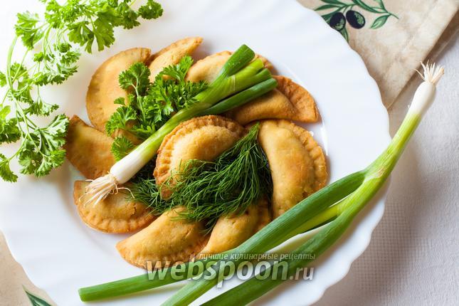 Фото Пирожки с луком по-гречески