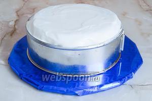 Вот так тортик выглядит сбоку.