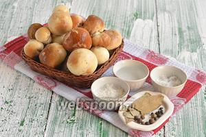 Для приготовления белых маринованных грибов нам понадобится соль, сахар, перец чёрный горошком, перец душистый, лавровый лист, вода, уксус столовый.