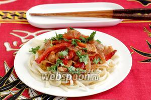 Лапша со свининой по-азиатски