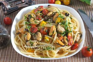 Спагетти с мидиями в масляно-винном соусе