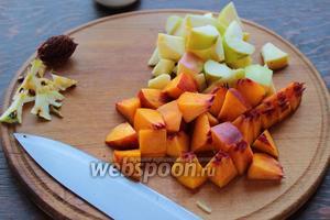 Пока мы занимаемся приготовлением каши, просим мужа или деток, чтоб нарезали фрукты.