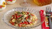 Фото рецепта Шампиньоны с куриным филе и сладким перцем по-муромски