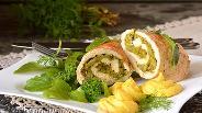 Фото рецепта Куриный ролл с брокколи в мультиварке