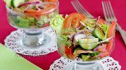 Фото рецепта Салат с сёмгой и авокадо