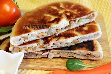 Осетинский пирог с тушёной капустой