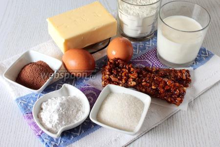 Для приготовления нам понадобятся: яйца куриные, сахар, крахмал картофельный, какао порошок, мука пшеничная, молоко, масло сливочное, коньяк,  грильяж из грецких орехов  (по рецепту misladostey) и любые консервированные фрукты.