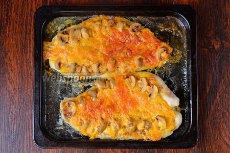 Морской язык запекаем при 200ºC в течение 20-30 минут в среднем в зависимости от толщины рыбы. Подаём блюдо в тёплом виде. Приятного аппетита!
