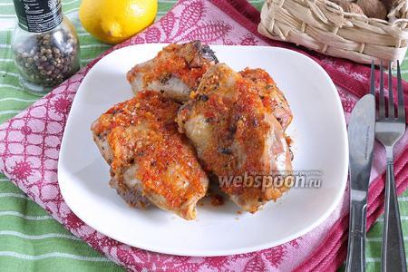 Курица, запечённая в луково-перечном пюре