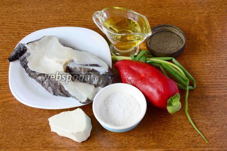 Для приготовления нам понадобится: зубатка, плавленый сыр, зелёный лук, плавленый сыр, чёрный молотый перец, соль, масло подсолнечное.