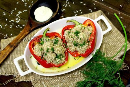Болгарский перец, фаршированный кунжутными тефтелями