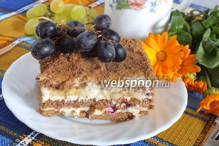 Фото Шоколадный торт из затяжного печенья с бананами