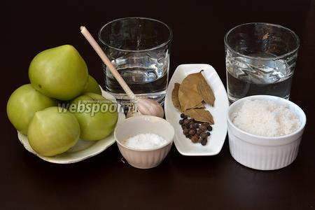 Для приготовления рецепта нам понадобятся зеленые помидоры, вода, уксус, соль, чеснок, сахар, гвоздика, лавровый лист, чёрный перец горошком, душистый перец горошком.