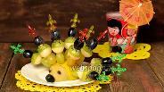 Фото рецепта Фруктовые канапе «Ёжик»