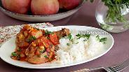 Фото рецепта Куриные голени в томатном соусе с кукурузой