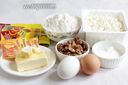 Для творожно-макового пирога возьмём масло, творог, муку, сахар, разрыхлитель, мак, ванилин или ванильный сахар, яйца, грецкие орехи.