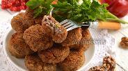 Фото рецепта Котлеты с фасолью и орехами