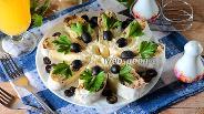 Фото рецепта Рулет из лаваша со шпротами
