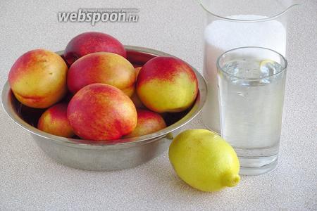 Для приготовления варенья нужно взять твёрдые нектарины, сахар-песок, лимонный сок и воду.