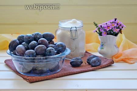 Для приготовления сливового повидла нам понадобится слива синяя и сахар.