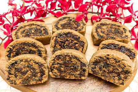 Ржаное печенье с сухофруктами