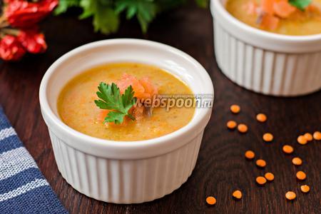 Чечевичный суп-пюре с лососем