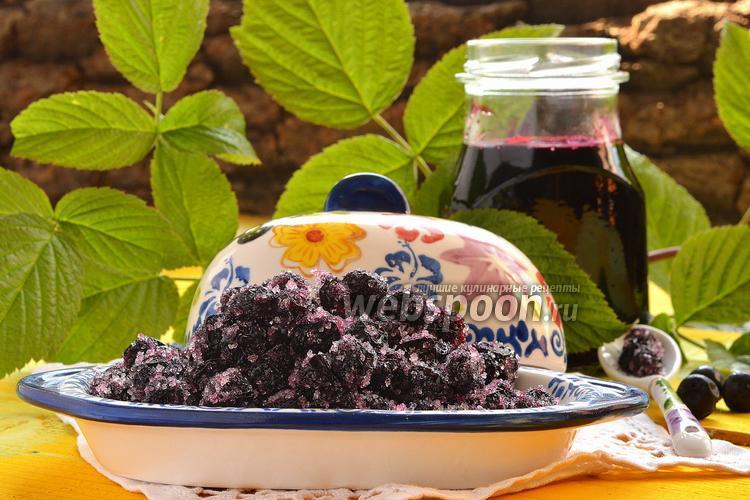 Фото Цукаты из черноплодной рябины