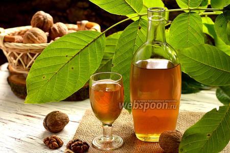 Ореховая настойка с мёдом