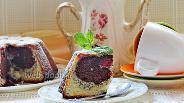 Фото рецепта Творожный кекс с маком и вишней