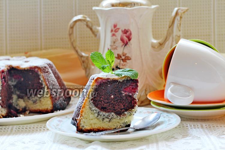 Фото Творожный кекс с маком и вишней