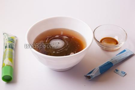 А еще нужно вскипятить то количество воды, которое вы хотите съесть в качестве бульона. И вот в него-то и добавляется соевый соус и васаби (и приправа для супа, которая не обязательная). Просто добавляются в кипяток и разбалтываются, вот такой вот японский бульон.