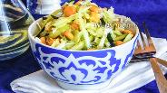 Фото рецепта Салат с кукурузой и молодой капустой