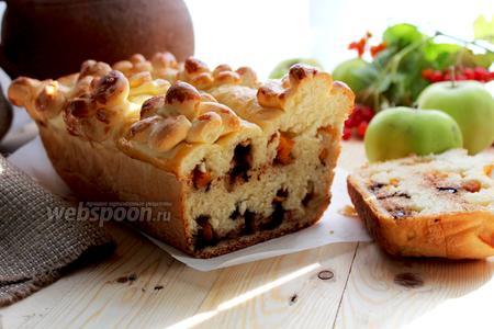 Пирог с тыквой и шоколадом