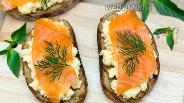 Фото рецепта Бутерброд с яичницей-болтуньей
