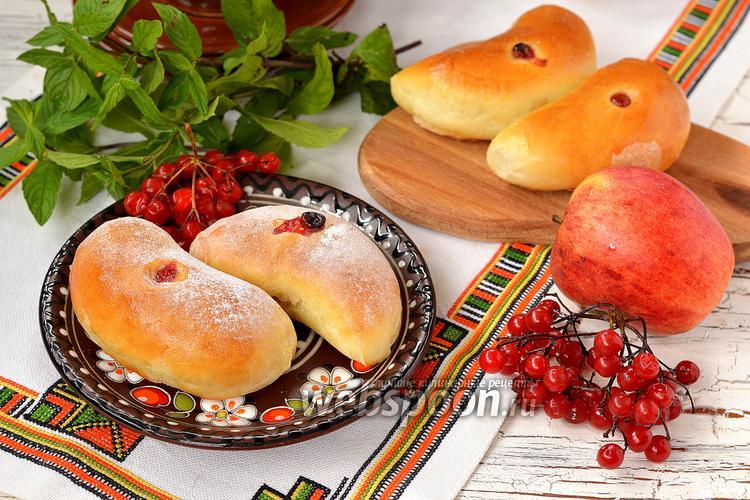Фото Пирожки с яблоками и калиной