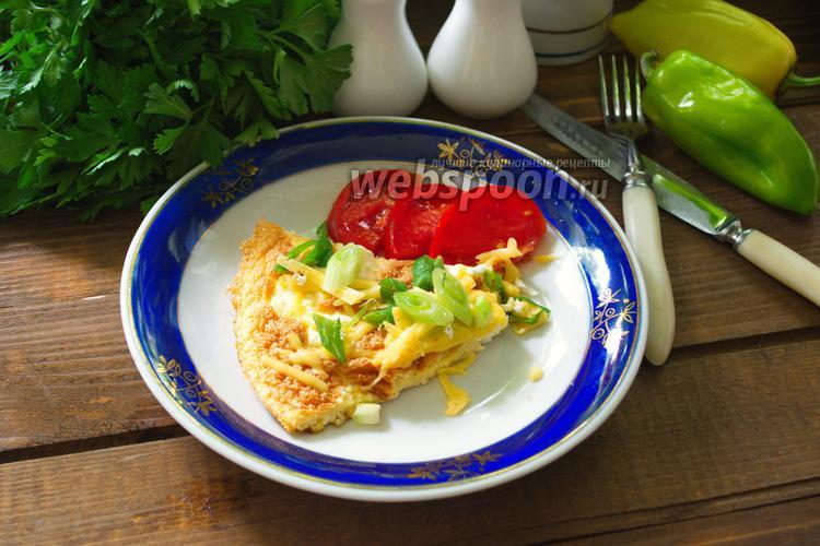 Фото Омлет с сыром, перцем и зелёным луком