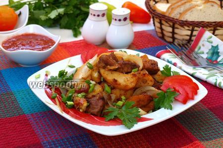 Жареная свинина с картофелем