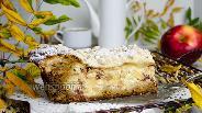 Фото рецепта Яблочный пирог с йогуртом