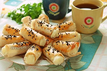 Слоёные трубочки из лаваша с картофельным пюре