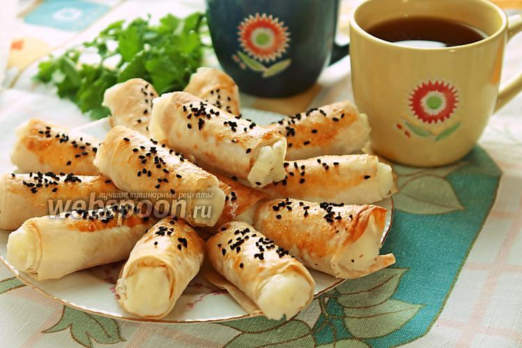 Фото Слоёные трубочки из лаваша с картофельным пюре