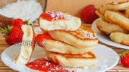 Фото рецепта Кокосовые оладьи на кефире