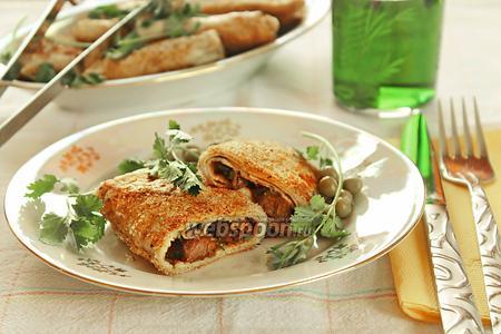 Блинчики с мясом и сыром в хрустящей панировке