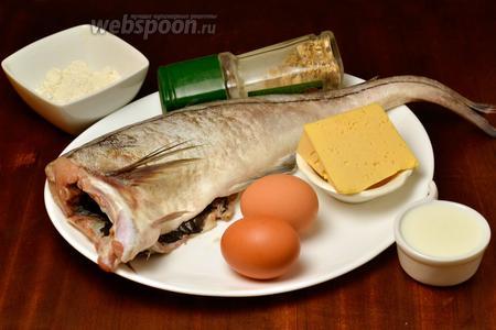 Для приготовления нам понадобится пикша (или другая белая рыба), яйца, сыр, молоко, мука, подсолнечное масло для обжаривания, соль и приправы для рыбы.