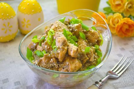 Курица в баклажановом соусе