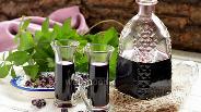 Фото рецепта Настойка из чёрноплодной рябины