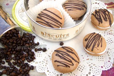 Шоколадно-миндальное печенье с меренгой