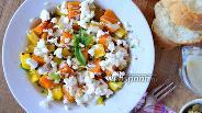 Фото рецепта Осенний салат с тыквой и козьим сыром
