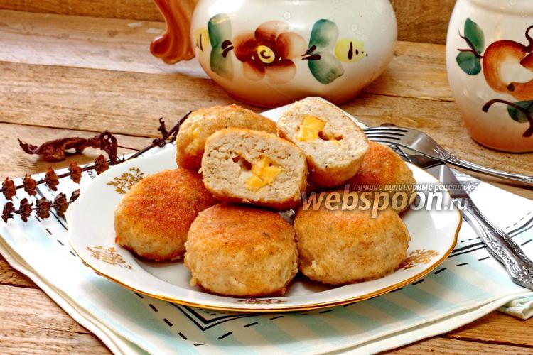 Фото Куриные котлеты с сыром